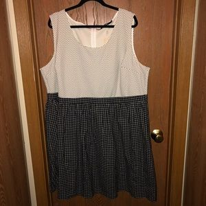 Brand new wtag ModCloth sz 4x Doe & Rae Dot Dress
